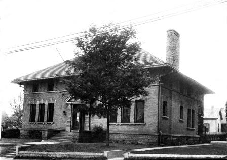 Black-and-White exterior photo